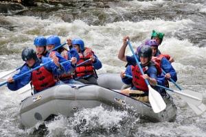 Contoh Rafting